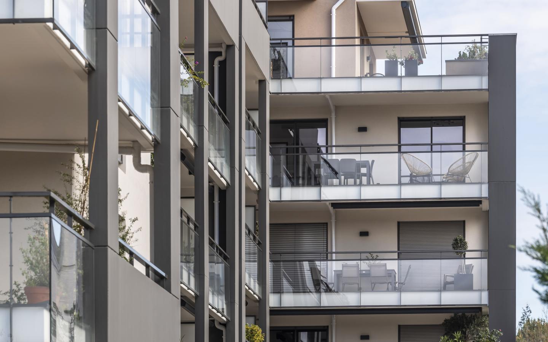 Comme une excellence, construction neuve à Caluire-et-Cuire réalisée avec des menuiseries alu K-LINE.