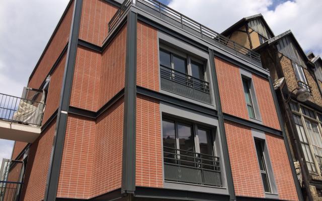 Les Orangers de Dantzig, construction neuve à Paris réalisée avec des menuiseries alu K-LINE.