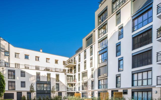 Paris Cours St Louis logements collectifs avec menuiserie alu kline